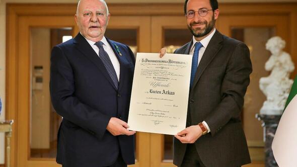 Lucien Arkas ikinci kez İtalya Liyakat Nişanı'na layık görüldü