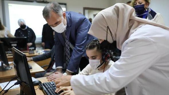 İnegölde görme engelli vatandaşlara bilgisayar kursu açıldı