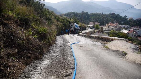 Değirmenderede beton yol ve drenaj çalışması