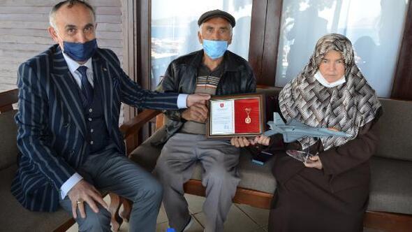 Zeytinlik ve evi TSK Vakfına bağışladılar