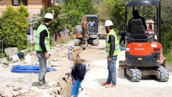 Defne ilçesinde içme suyu şebekesi çalışmasının 3 bin 200 metresi tamamlandı