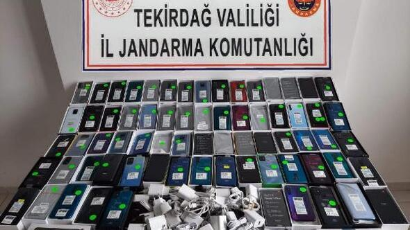 Tekirdağda 70 kaçak cep telefonu ele geçirildi