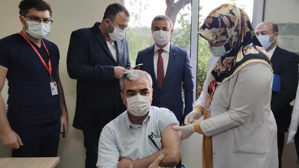 Osmaniye'de Biontech aşısı yapılmaya başlandı