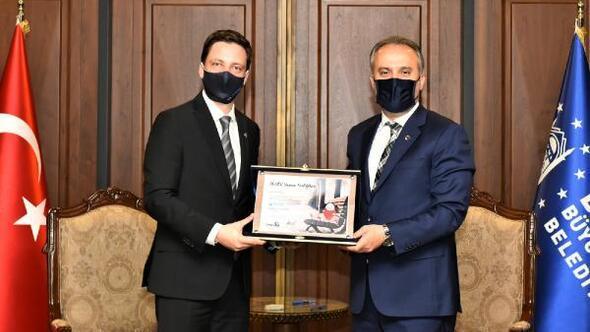 TÜGİAD Bursadan, Bursa Büyükşehir Belediye Başkanı Aktaşa ziyaret
