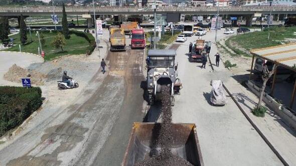 Şükrü Balcı Caddesinde beton asfalt çalışmaları başladı