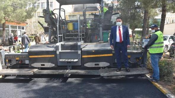 Bağlar Belediyesinden hastaneye asfalt hizmeti