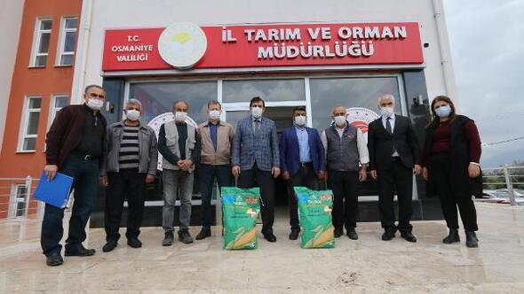Osmaniye'de çiftçilere silajlık mısır tohumu dağıtıldı