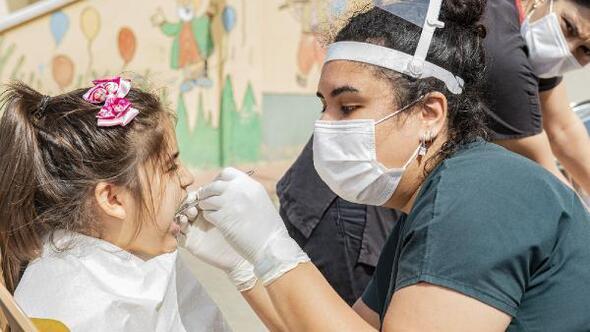 Çocuklar doktor korkularını Seyhan Belediyesiyle aşıyor