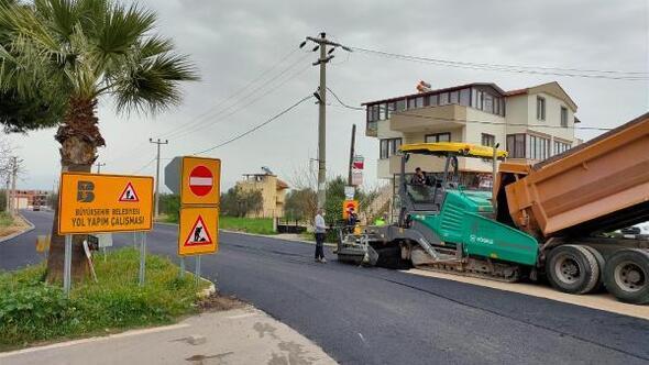 Balıkesir Büyükşehir Belediyesi, Edremit Körfezinde asfaltlama çalışmalarını sürdürüyor