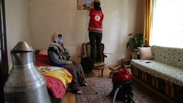 Vefa Destek Grubunun yaşlılara desteği sürüyor