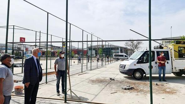 Edip Akbayram Parkı yenileniyor