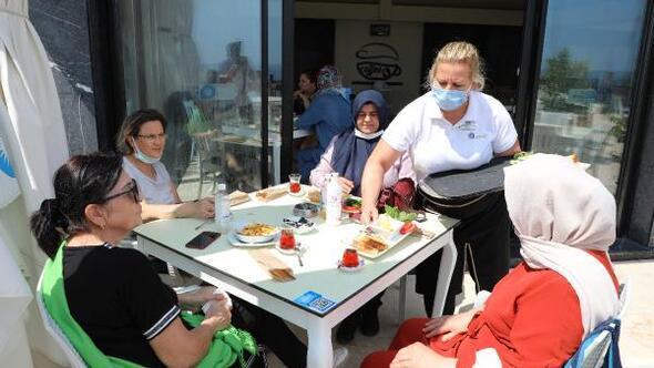 Atatürk Parkı EKDAĞ Sosyal Tesisinde lezzet keyfi