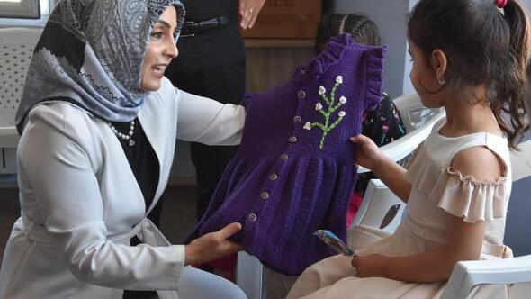 'Destekler kadınlara hediyeler çocuklara' projesi ile yüzler güldü