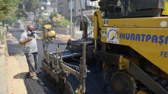 Üçgende asfaltlama çalışmaları son sürat
