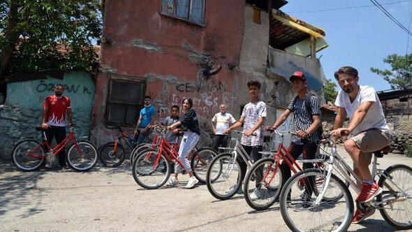 Çocuklara ücretsiz bisiklet eğitimi