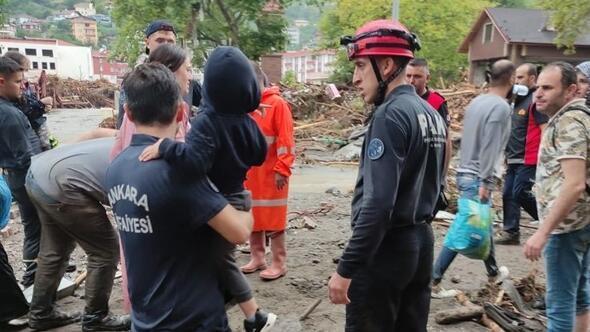 295 kişiyi kurtardılar