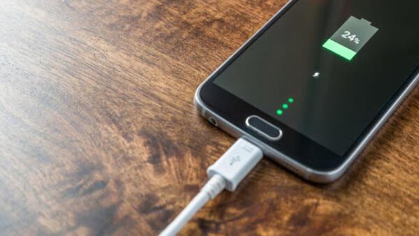 Telefonların şarjını en hızlı tüketen uygulamalar