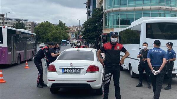 Türkiye Geneli Huzur Uygulaması! İstanbul'da çok sayıda noktada denetim yapıldı