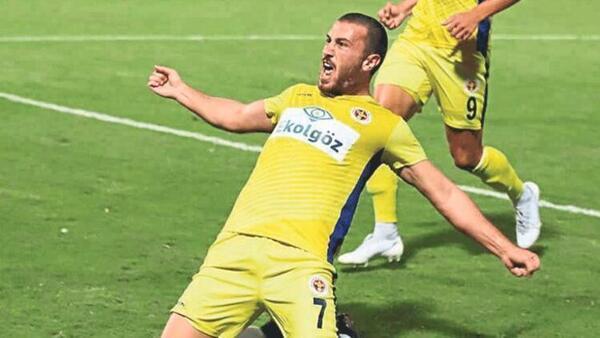 Menemenspor'dan Mustafa Çeçenoğlu ile devam kararı!