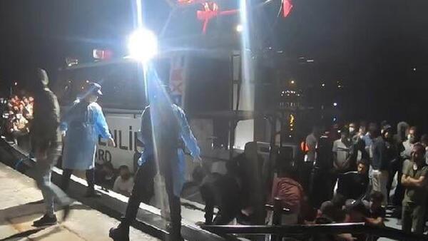 Didim'de 84 kaçak göçmen kurtarıldı