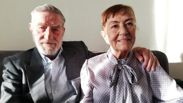 Bu hastalık bizi çok üzdü Ahmet Mekin eşini yalnız bırakmıyor