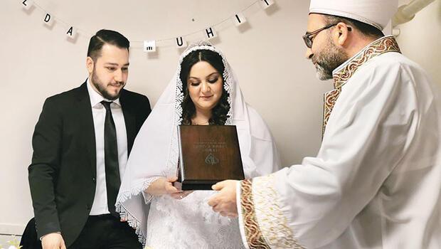 Danimarka'da Türk imamlar resmi...
