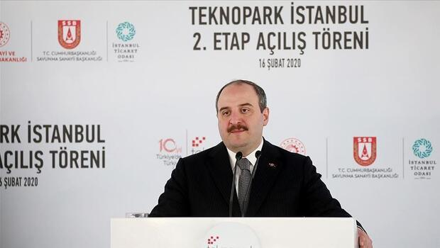 Sanayi ve Teknoloji Bakanı Varank, 'Teknoparklarımızda 5 bin 593 firma faaliyet gösteriyor ve 47 bine yakın Ar-Ge personeli istihdam ediliyor. Buralardan yapılan ihracat 5 milyar dolara ulaşmış vaziyette.' dedi.