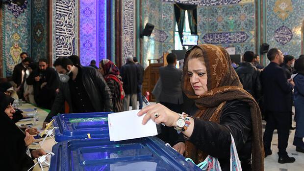 İran'da seçim sonrası oy sayımı...