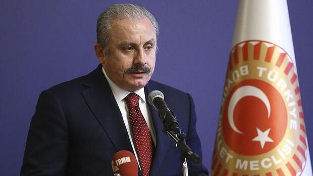 TBMM Başkanı Mustafa Şentop, stenograf yardımcılarının yemin törenine katıldı