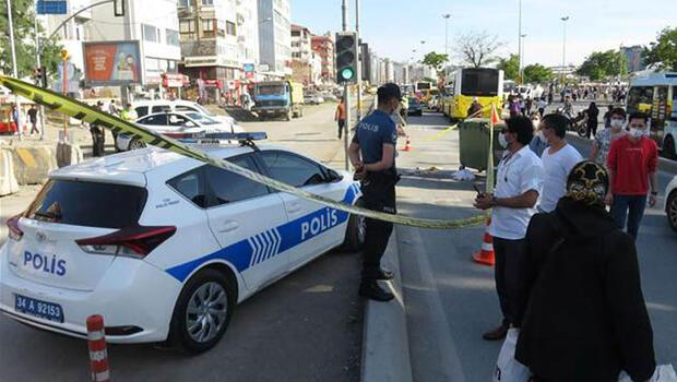 Kadıköy'de korkunç kaza! Ayağı takılınca otobüsün altına kaldı