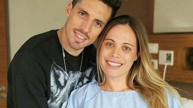 Son Dakika | Fenerbahçe'nin yeni transferi Jose Sosa'nın eşi Carolina Alurralde, koronavirüs olduğunu açıkladı