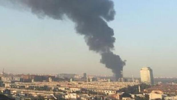 Son dakika... İstanbul Başakşehir'de korkutan yangın