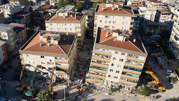 Son dakika... İzmir'de okullar tatil mi? Milli Eğitim Bakanlı Selçuk'tan son dakika açıklaması