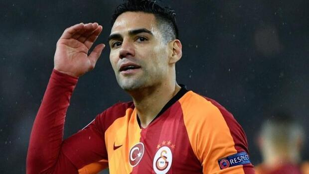 Galatasaray'da Radamel Falcao'ya sürpriz talip! 'Transfer hayalini kuruyoruz'