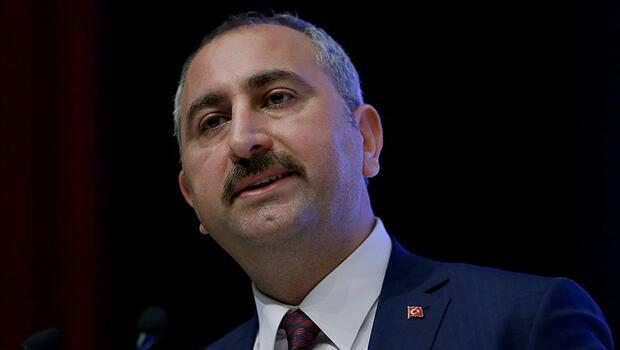 Adalet Bakanı Gül'den 19 Mayıs mesajı: 'Büyük ve güçlü Türkiye, gençlerin omuzlarında daha da yükselecektir'