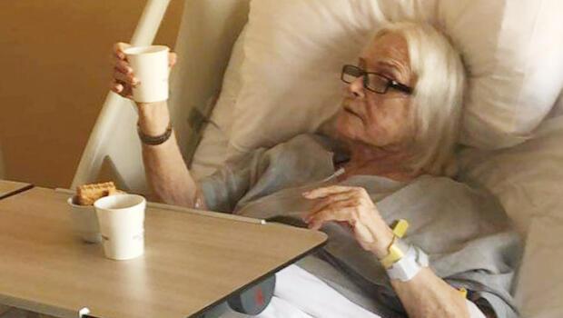 Gönül Yazar ölümden dönmüştü... Hastaneden ilk fotoğraf