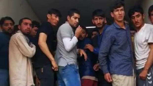 Van'da kapalı kasa kamyonda 158 kaçak göçmen yakalandı