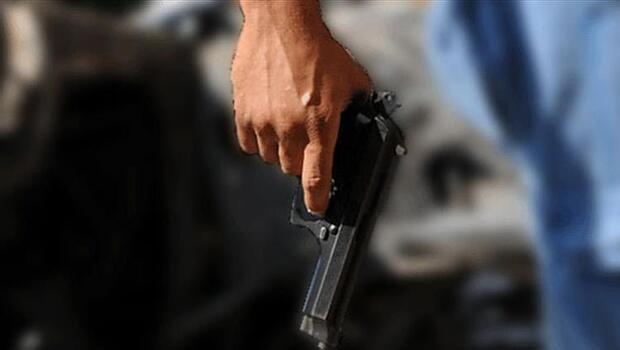 Emekli polis memuru dehşet saçtı: 2 ölü