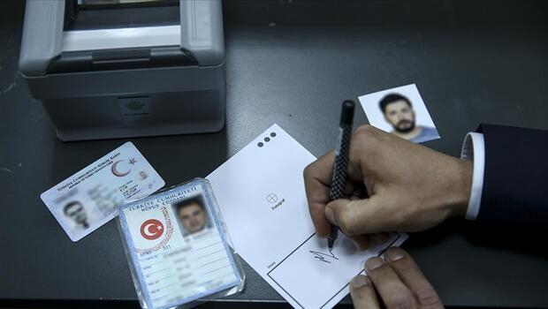 Kimlik kartlarında büyük yenilik! Yeni uygulama hayata geçti