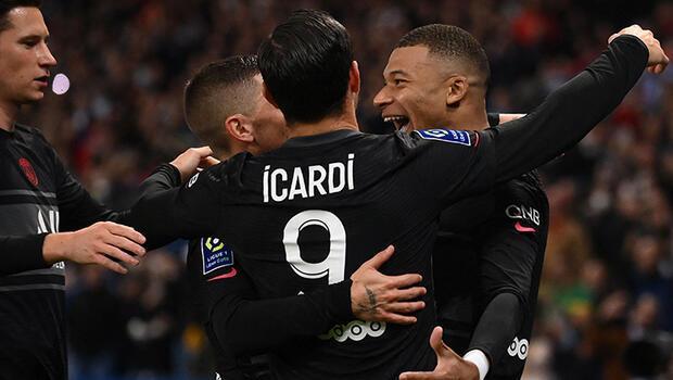 PSG, sahasında Angersi 2 golle geçti