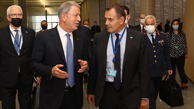 Bakan Akar'dan Yunan mevkidaşına Ankara daveti