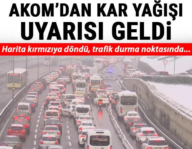 Son dakika... İstanbulda trafik yoğun AKOMdan kar uyarısı geldi