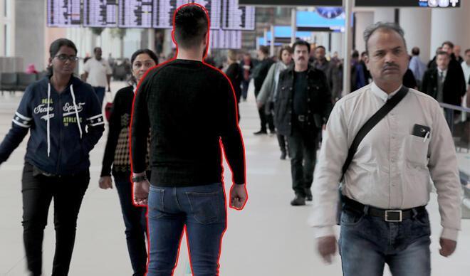 Görüntüler İstanbul Havalimanı'nda çekildi... Yolcuların arasına böyle sızıyorlar