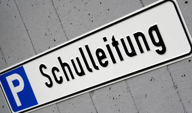 Almanya'da okullar geçici müdürlere emanet!