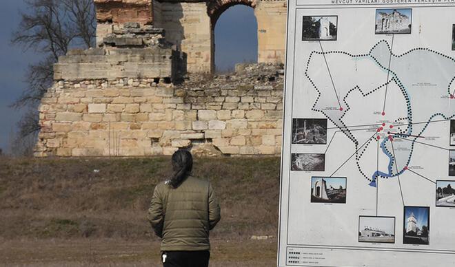 Edirne'de tarihi keşif heyecanı! Osmanlı Saray'ının kapısı bulundu