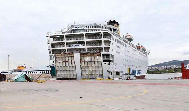 Türkiye'nin Atina Büyükelçisi Hürriyet'e konuştu: Yaklaşık 70 Türk Corona Virüs nedeniyle Yunan gemisinde tedavi altında