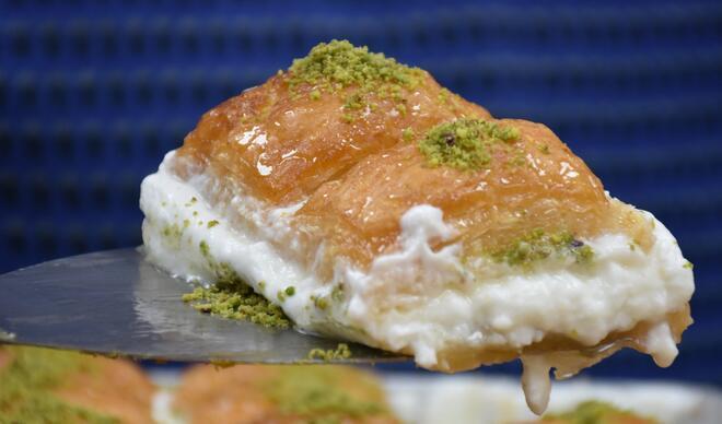 Gastronomi şehrimizin ramazan tatlısı: Kaymaklı baklava