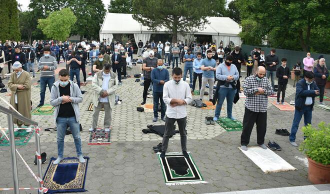 Avusturya'da 11 hafta sonra Müslümanların cuma sevinci