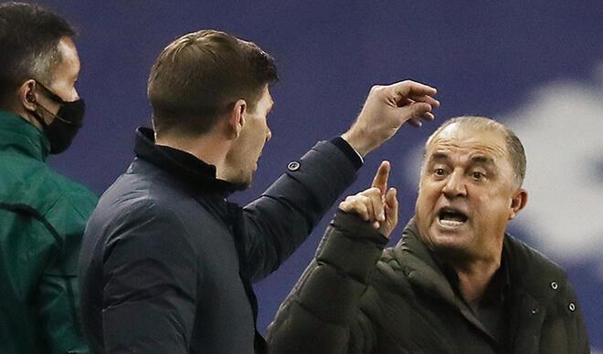 Son Dakika Haberi | Galatasaray-Rangers maçına damga vuran o an! Fatih Terim ile Steven Gerrard tartıştı