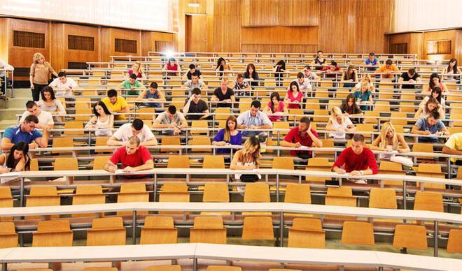 Üniversiteler ne zaman açılacak, bu dönem üniversiteler açılacak mı? Üniversitelerin açılış tarihi için gözler son dakika açıklamalarda